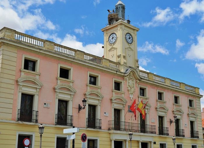 Ayuntamiento de alcal de henares for Iberdrola alcala de henares