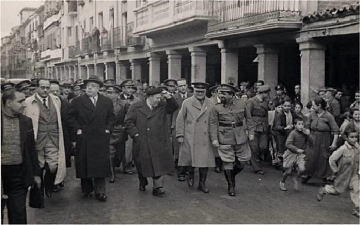 Ruta en torno a la vida de Manuel Azaña en Alcalá de Henares