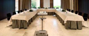 servicio de azafatas para eventos, con AlcaláTurismoYmás
