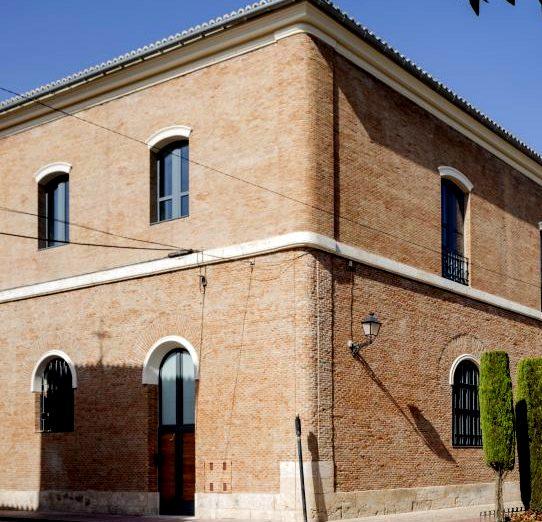 El colegio convento cisterciense de San Bernardo