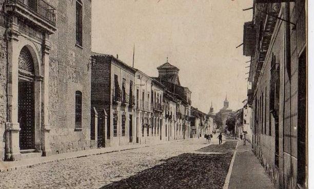 La calle de Santiago de Alcalá de Henares