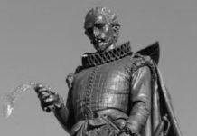 La estatua de Miguel de Cervantes de Alcalá de Henares