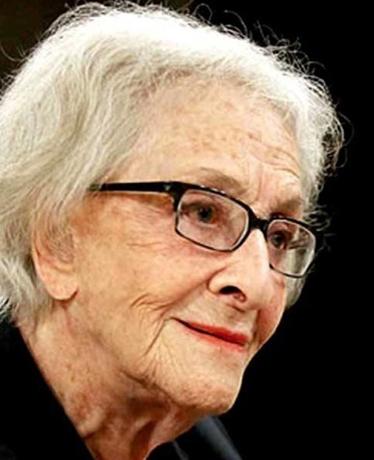 Acto de entrega del Premio Cervantes 2018 a la poeta uruguaya Ida Vitale